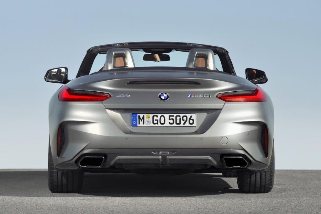 Vue arrière sur le coffre de la BMW Z4